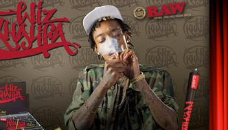 Upcoming: Wiz Khalifa product signing at Uncle Ike's Pot Shop in Seattle
